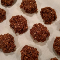 No Bake Chocolate Oat & PB Cookies