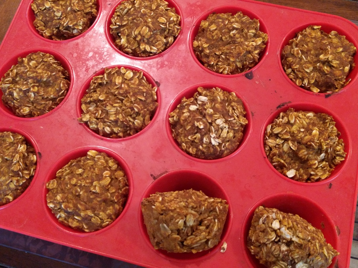Simple Pumpkin Banana Oat Muffins